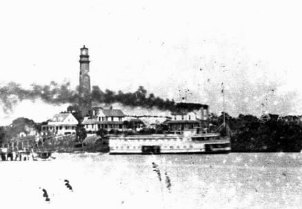 juplighthouse1894 w boat